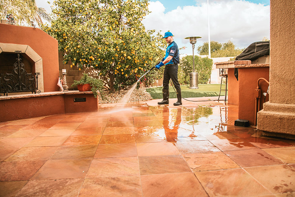 patio-cleaning-queencreek